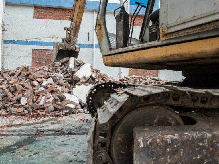 DEMOLITION SERVICES melbourne excavation